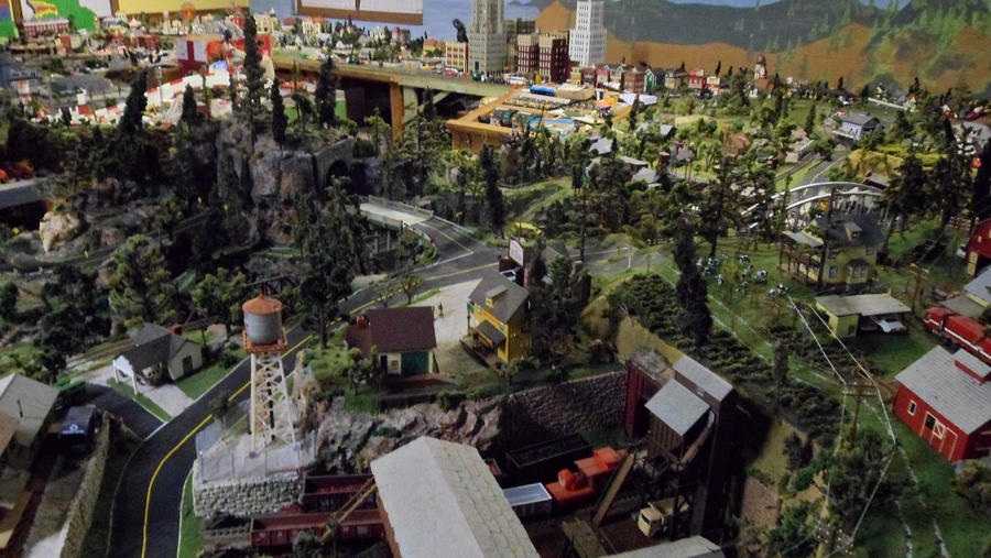 Train Set #28 by hankypanky68