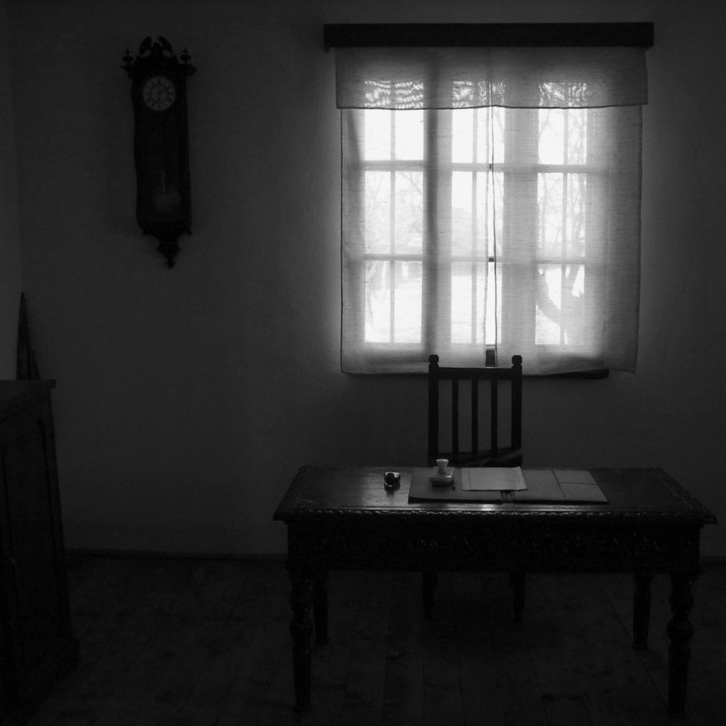 Crno-beli svet - Page 2 The_office_by_sorindanutart-d4m6l6p
