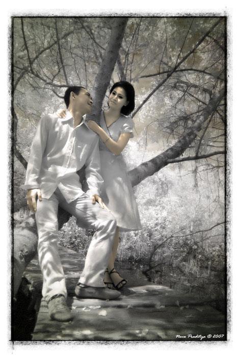 ...Flirting... by ditya