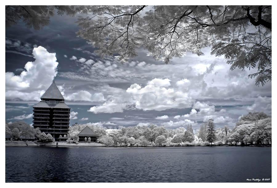 Lake Side.... by ditya