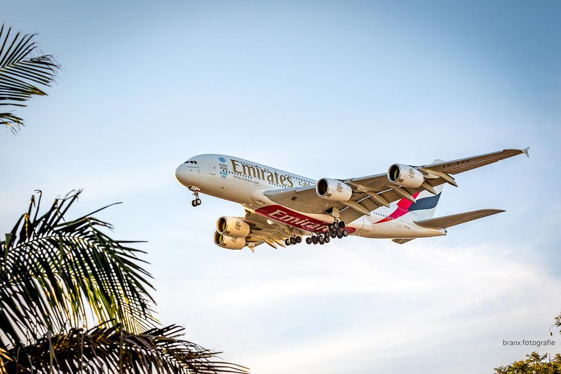 Emirates A380 A6-EEK by tigerjet