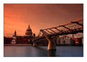St Paul's Cathedral by djoel