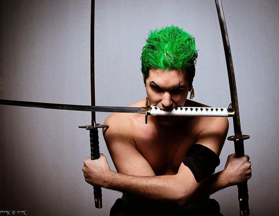 Zoro Roronoa Santoryu cosplay by SidneyRobin
