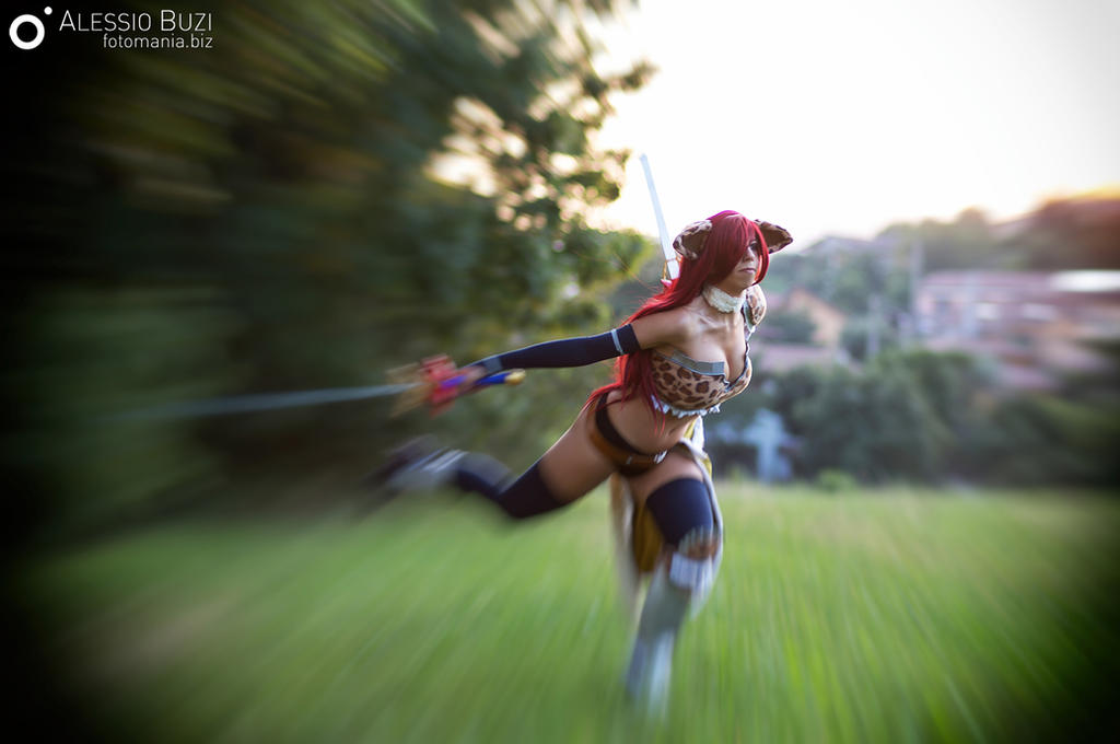 erza scarlet flight armor cosplay by sidneyrobin on deviantart