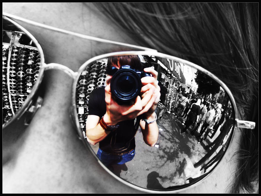 Mirror sunglasses reflection by bender01101 on deviantart for Reflection miroir