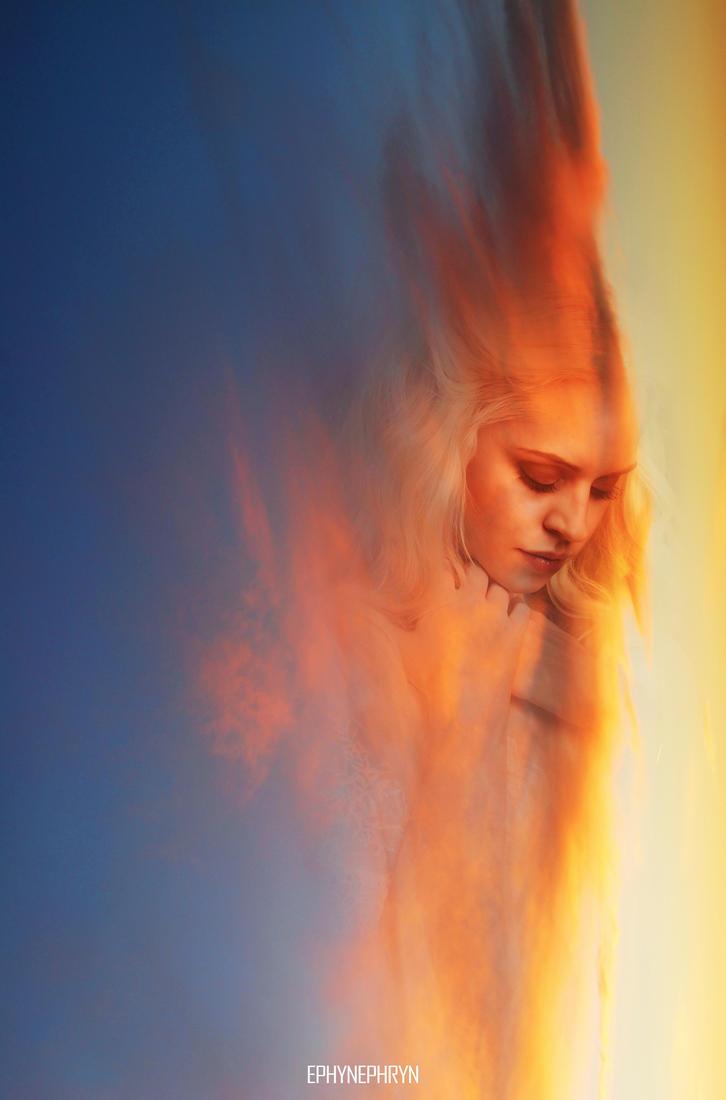I wait for you... by Ephynephryn