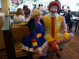 Chillin' with Ronald McDonald by Lady-Tigress