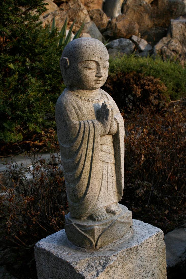 Standing Buddha by skimtony