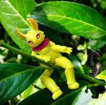 Fanta, so yellow, so tiny by Atelier-Cynamon