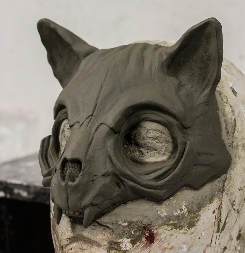 Cat Skull Mask sculpture by FraGatsu