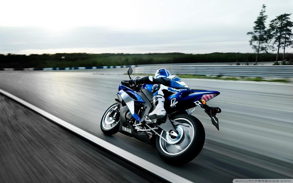 Yamaha Motorcycle-wallpaper-1920x1200 by DarkEagle2011