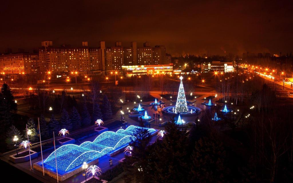 Christmas-lights-in-ukraine-246582 by DarkEagle2011