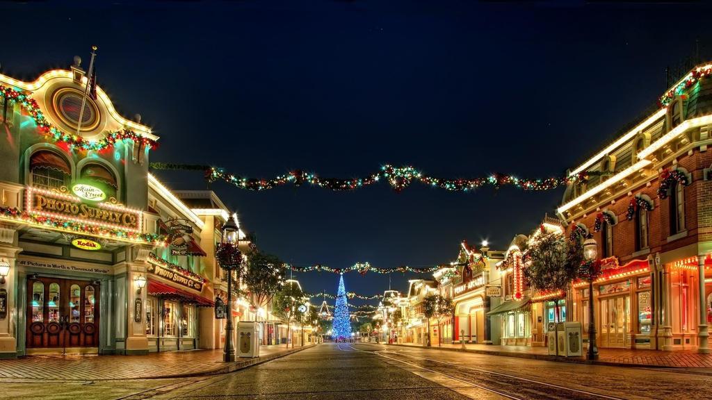 Christmas-lights-96816 by DarkEagle2011