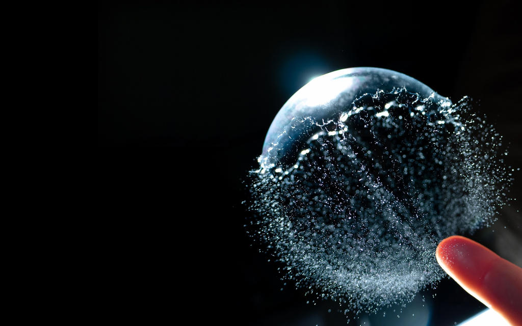 Bubble-ball-water-particles-spray-1920x1200 by DarkEagle2011