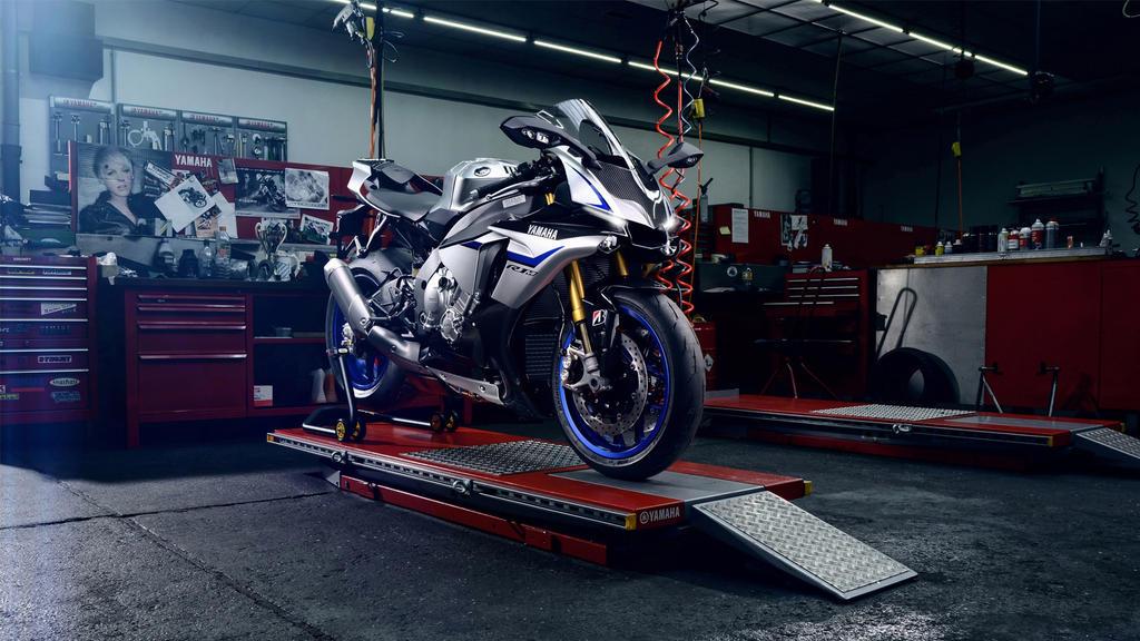 Yamaha Yzf R1m 2015-1920x1080 by DarkEagle2011