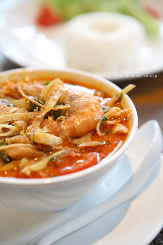 Thai food ,  Tom Yum Thai spicy prawn soup by piyato