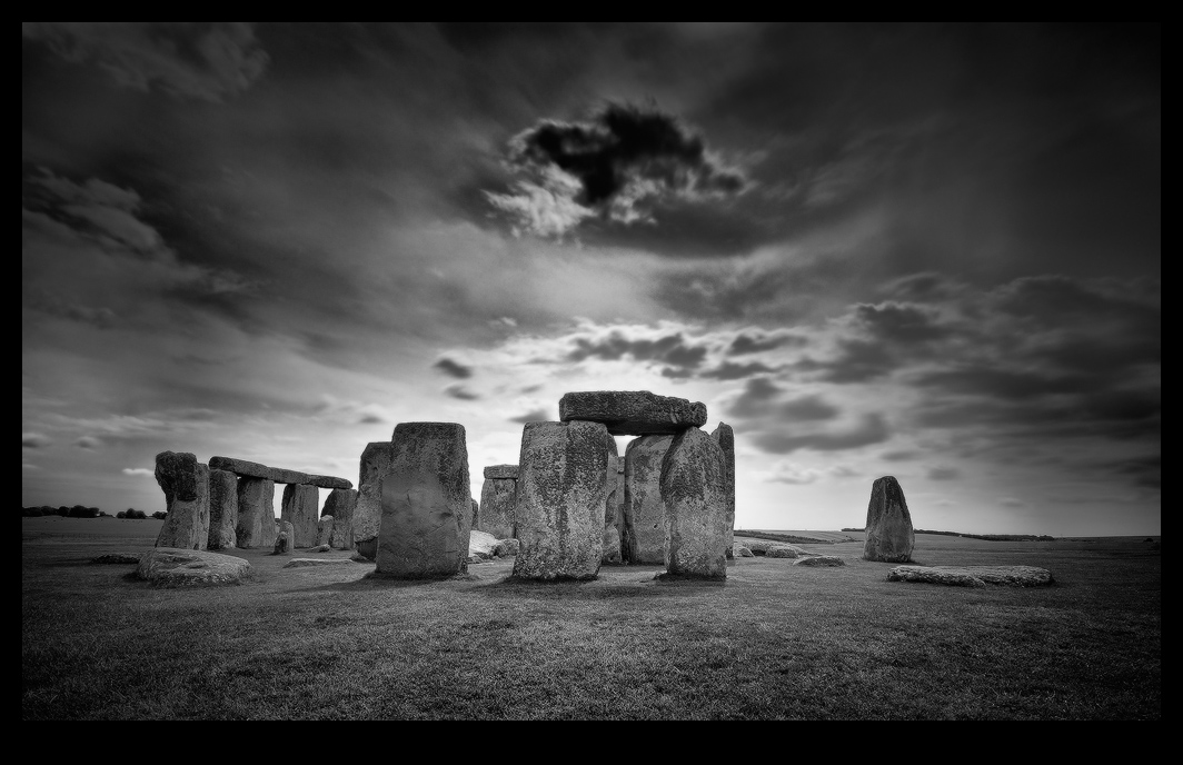 Stonehenge II by white-white