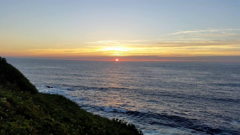 Sunset by EamyCross