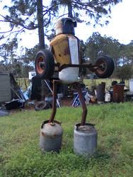 giant robot by SeurAaron
