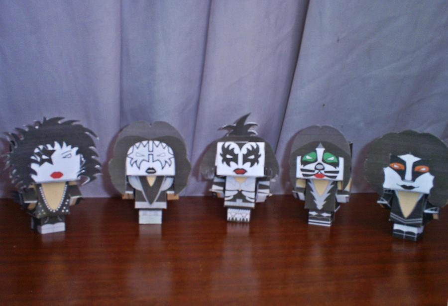 kiss papertoys by Zagato77