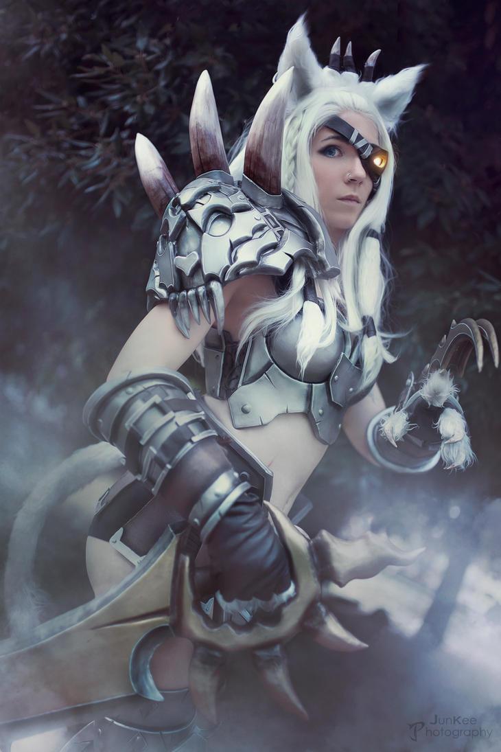 Rengar cosplay by Bahamut95