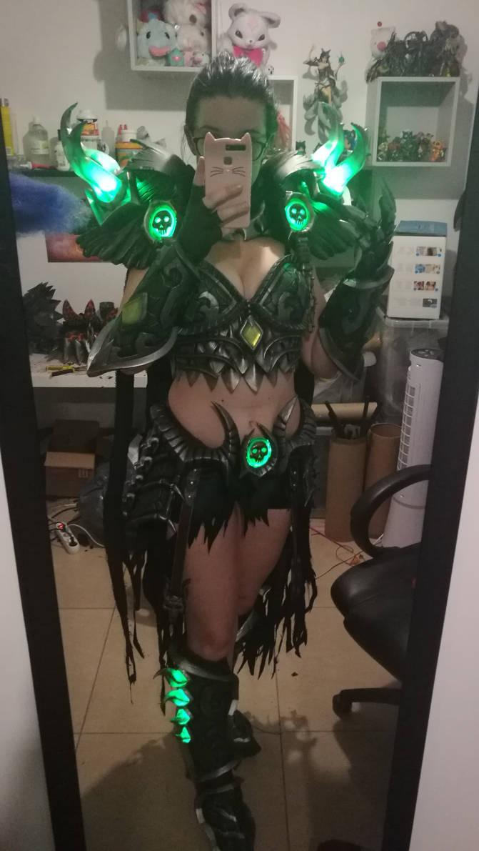 Ysera ebonblade cosplay