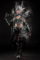Ysera EbonBlade cosplay !