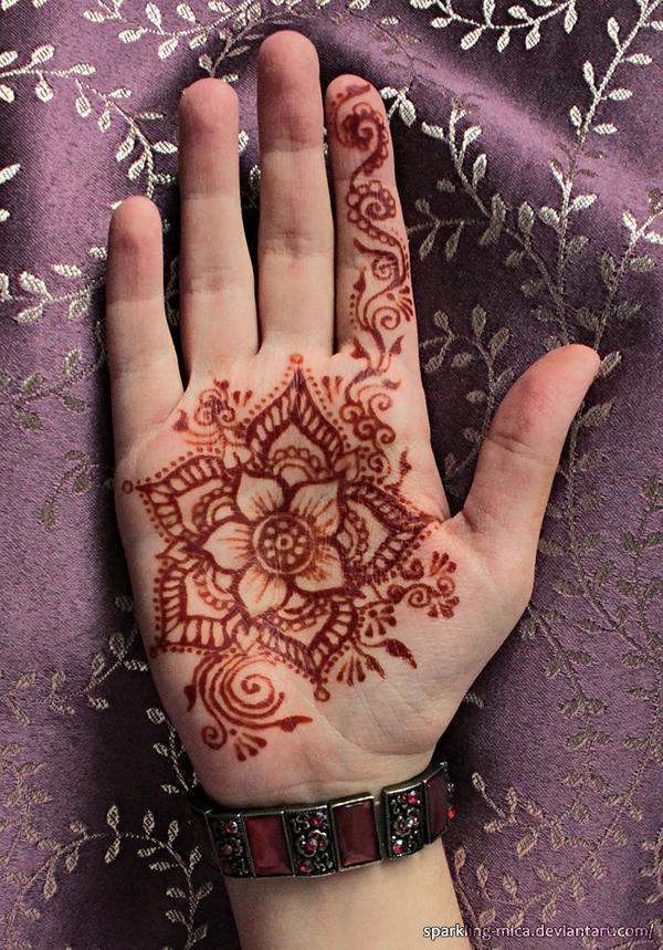 Henna palm by sparkling-mica