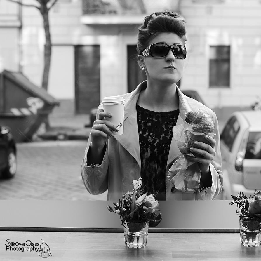 Breakfast at Tiffany's I by Franzili