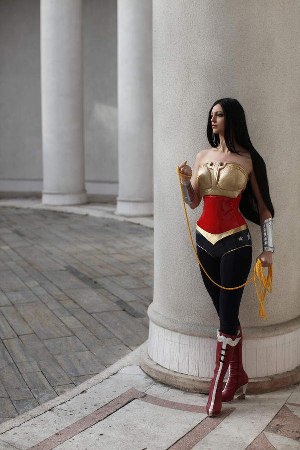 Wonder Woman: Gods Among Us by ormeli