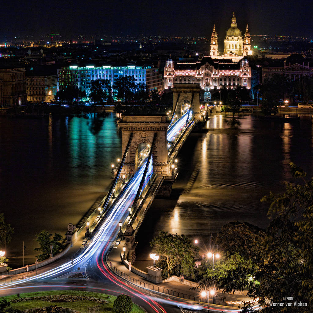 Budapest by Night by WernerEdgar