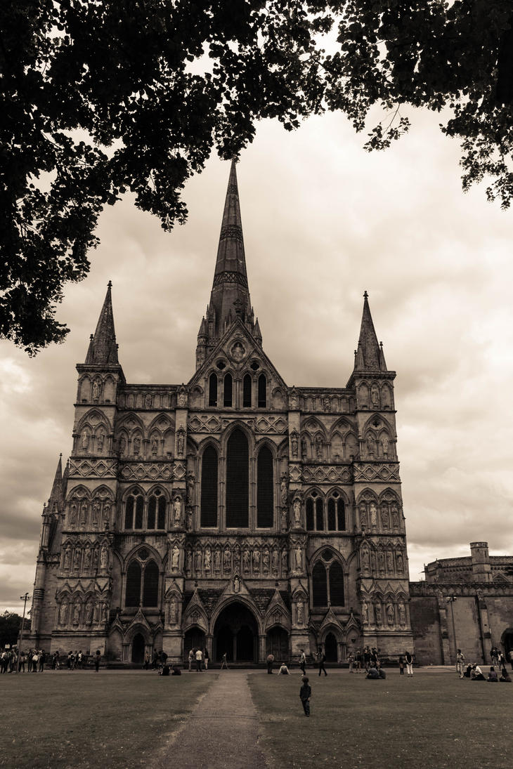 Salisbury Cathedral 1 by FubukiNoKo