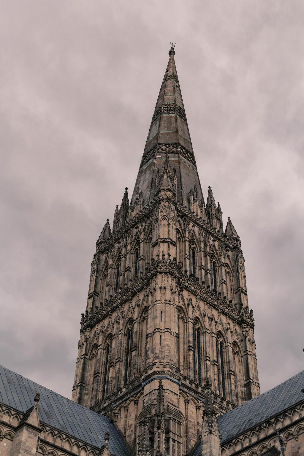 Salisbury Cathedral 6 by FubukiNoKo