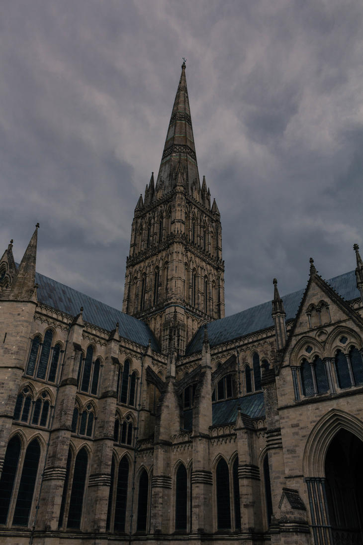 Salisbury Cathedral 7 by FubukiNoKo