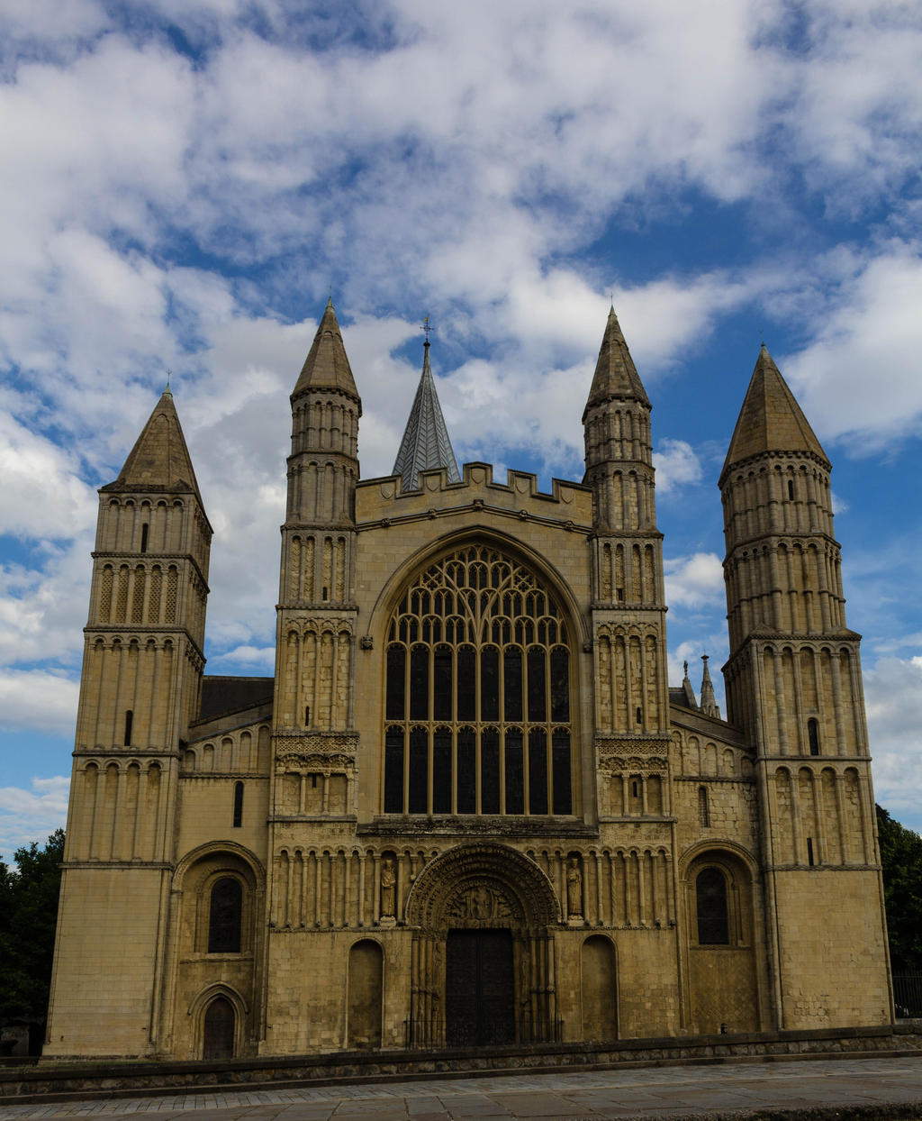 Rochester Cathedral by FubukiNoKo