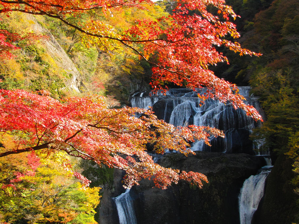 Fukuroda falls 4300 by FubukiNoKo