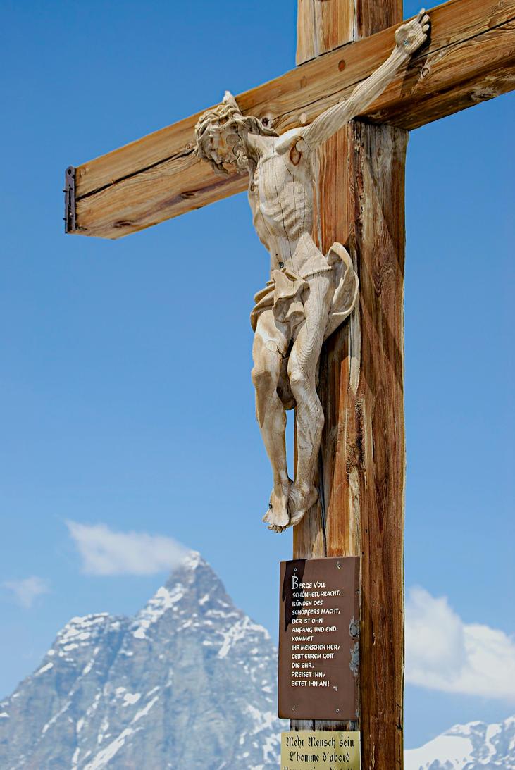 Cross against Matterhorn by cjkt87