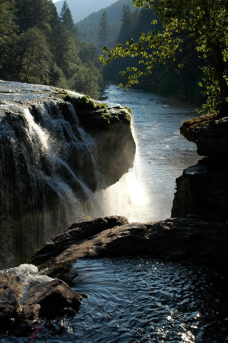 Evening Falls by BeckaMarr