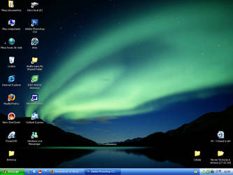 My Desktop by DecayeDuck