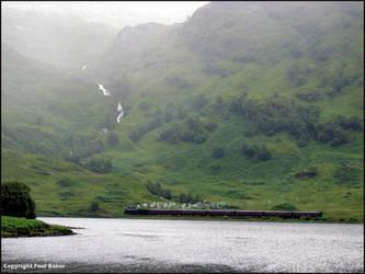 Train-on-Loch-Eiit-from-Mal