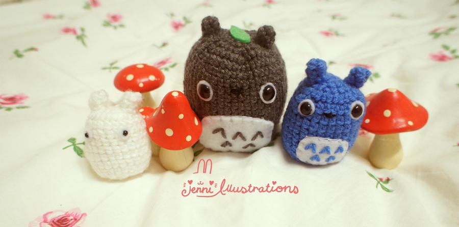 Totoro Crochet set by lolita-candy-bear