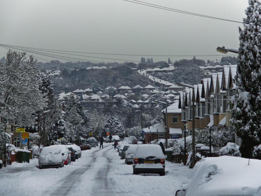 snowy city by kemenaire on deviantart