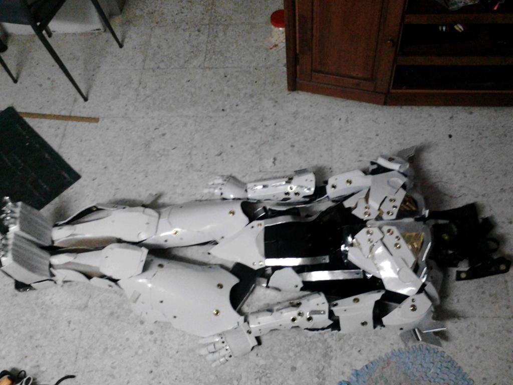 Metal Gear Rising Revengeance -- Raiden Armor by yeegim