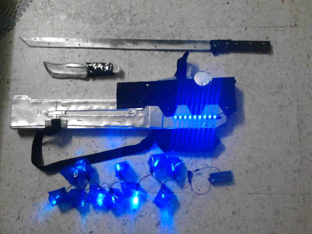 Metal Gear Rising Revengeance -- Raiden weapon by yeegim