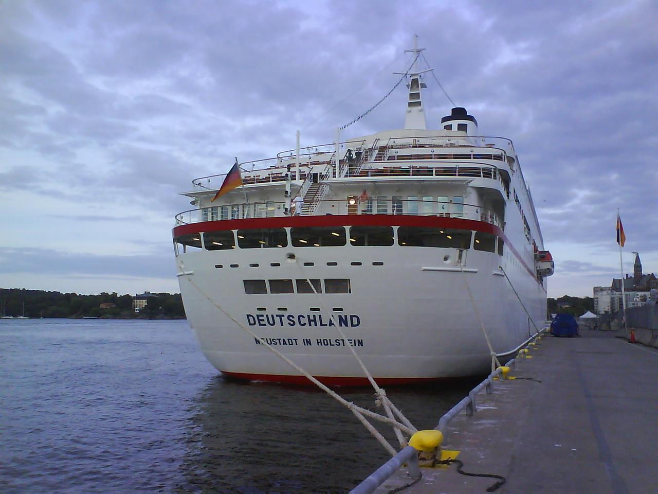 Cruise Ship  Deutschland 3 By Suntiger745 On DeviantArt