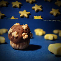 midnight muffin. by Camiloo