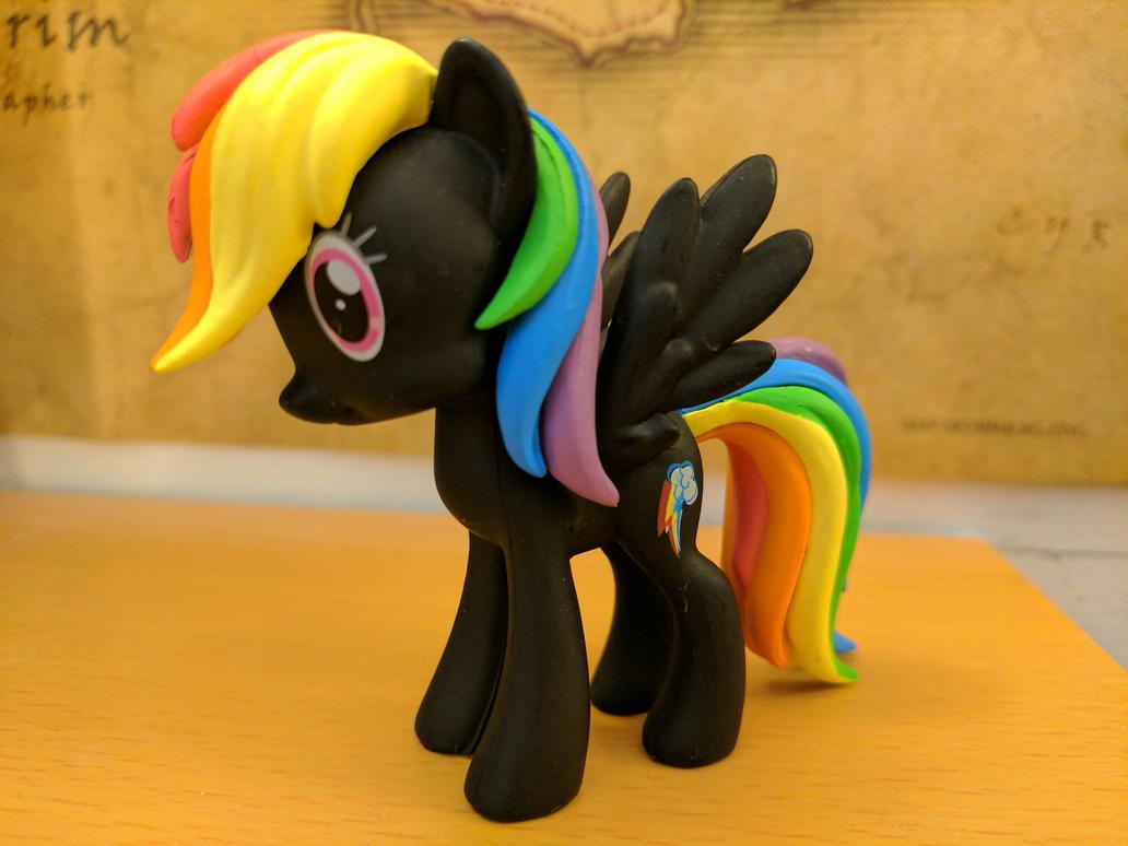 Rainbow Dash Figure by CatusDruidicus