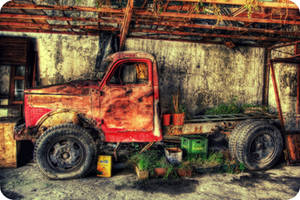 The Little Red Truck HDR by ISIK5