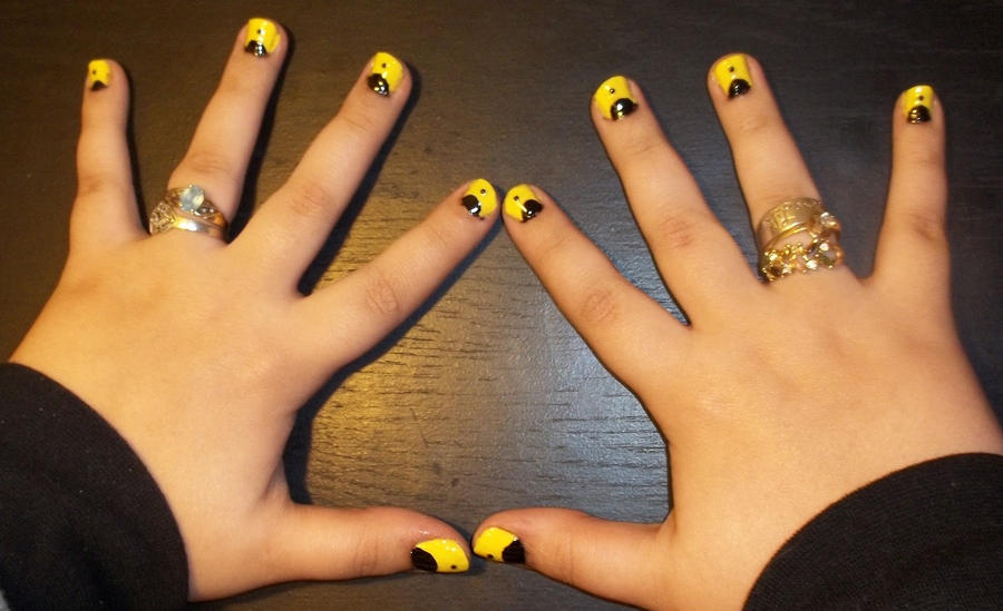 Silk Spectre Nails by chocobo-kisses on DeviantArt