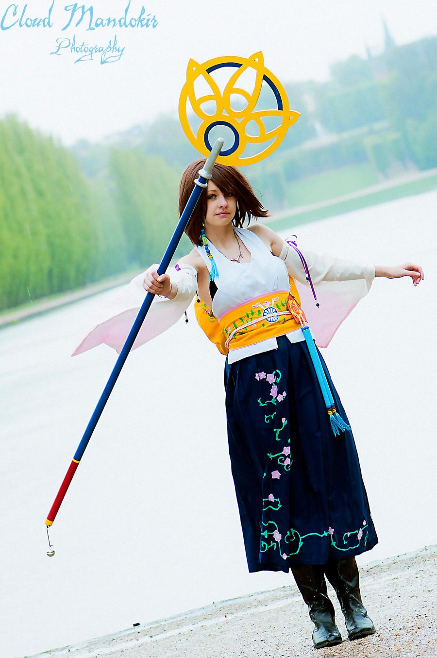 People die, Yuna dances. by Sayuri-Chan-Cosplay